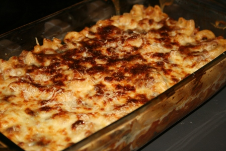 Ragu and blue cheese baked pasta