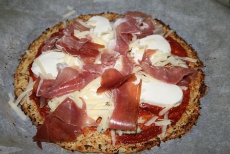 Parma Ham & Mozzerella Cauliflower Crust Pizza